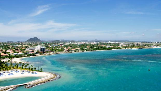 Aruba Queen Beatrix Intl
