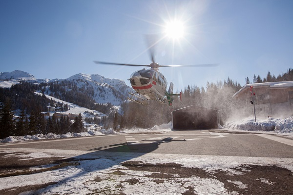 helicopter ski transfers