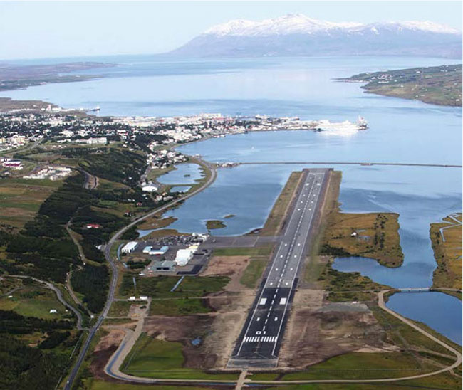 Private Jet Travel To And From Iceland PrivateFly - Airports in iceland